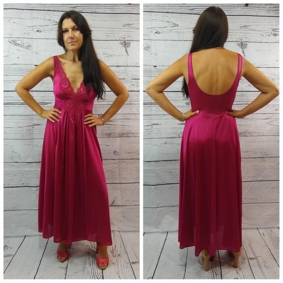 Vintage Other - Vintage Olga nightgown slip dark red 8398a427c